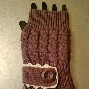 *NEW* Mittens- Fingerless Gloves